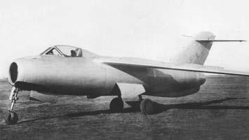 26.12.1948 - В СССР впервые достигается скорость звука на экспериментальном самолете ЛА-176