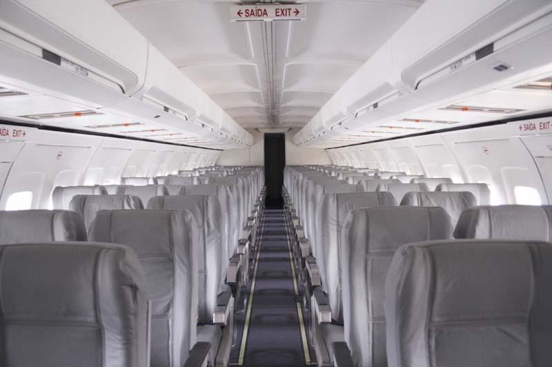 Пассажирский салон Boeing 737-