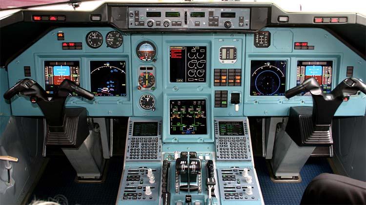 Кабина пилотов Ту-204-300 (c)