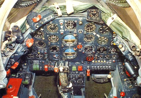 Приборная доска Як-28Л