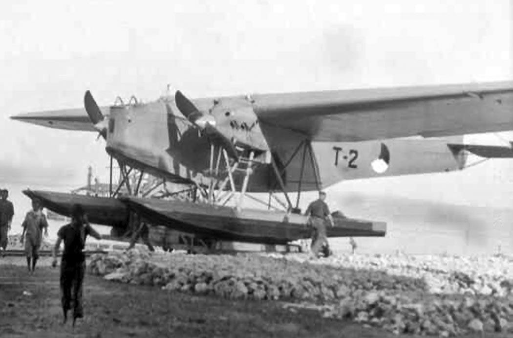 Fokker Т-4