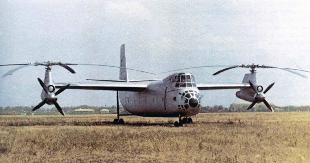 С управлением винтокрыла очень долго разбирались летчики, вследствие чего испытания так сильно затянулись.
