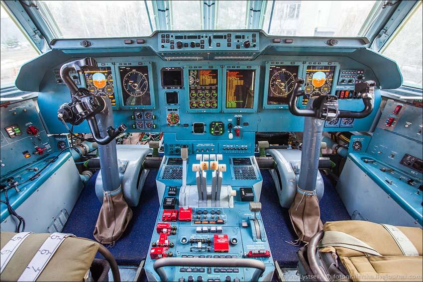 фото кабины ил-476