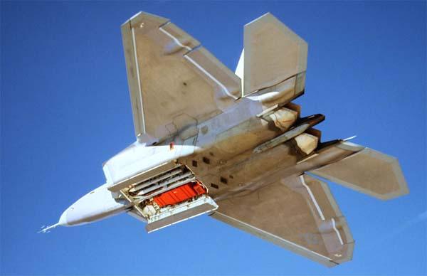 http://www.airwar.ru/image/idop/fighter/f22/f22-8.jpg