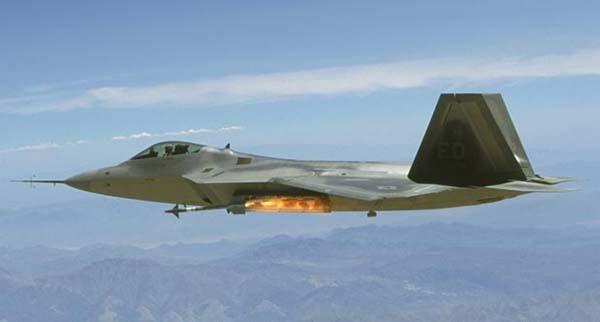 http://www.airwar.ru/image/idop/fighter/f22/f22-9.jpg
