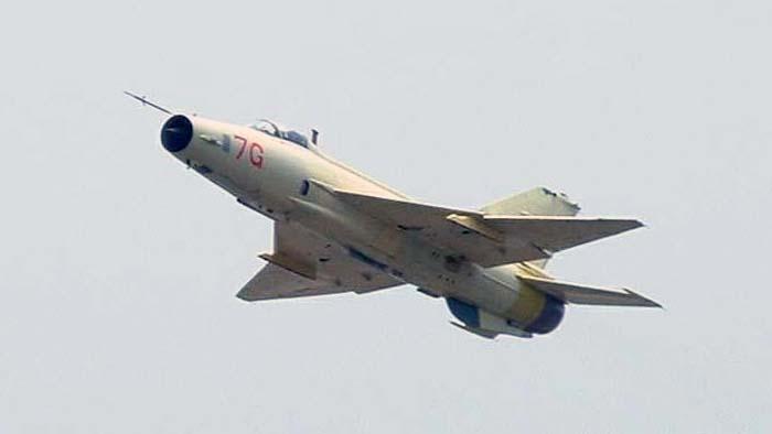 Chengdu J-7G