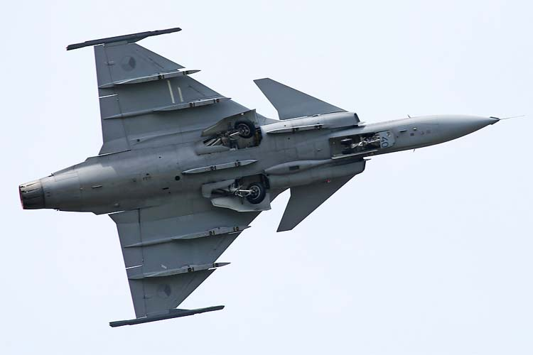 шведский SAAB JAS.39 Gripen