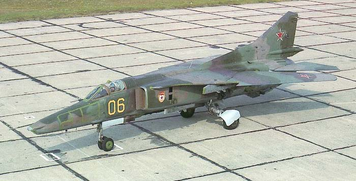 MIG-27Dwith dark spot over the nose, datcha green paint repairs and the typical broad bands camouflage