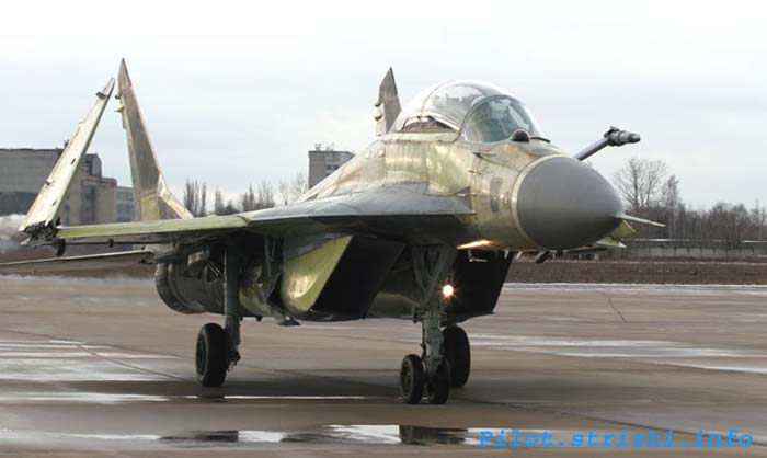изтребител МиГ-29КУБ