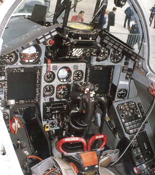 Кабина пилота МиГ-29М