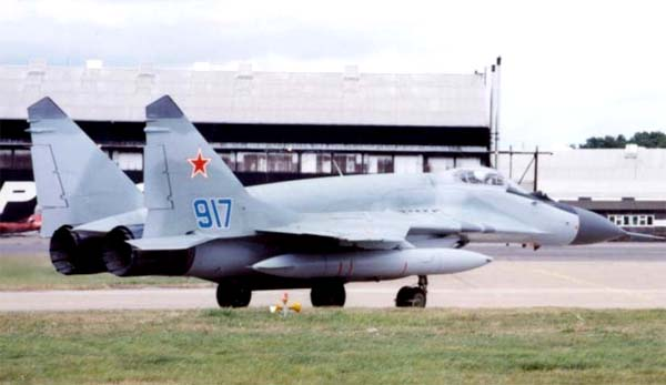 МиГ-29CМТ с накладными