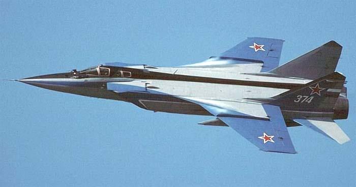 МиГ-31 валится в штопор.