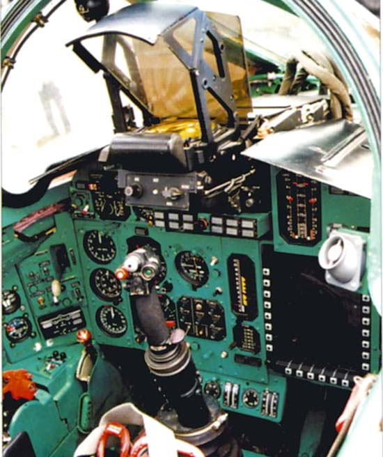 http://www.airwar.ru/image/idop/fighter/mig31bm/mig31bm-7.jpg