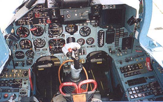 http://www.airwar.ru/image/idop/fighter/su30/su30-8.jpg