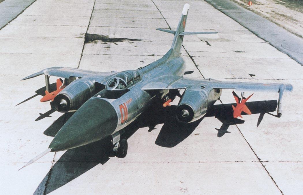 Модернизированный Як-28П с УР