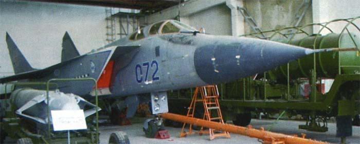 Orosz légi és kozmikus erők - Page 17 Mig31d-5