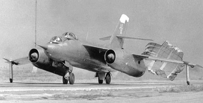 YAKOVLEV - avioni konstruktora Jakovljeva Yak28u-6
