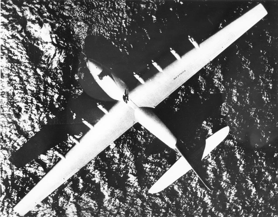 http://www.airwar.ru/image/idop/sea/hercules/hercules-3.jpg