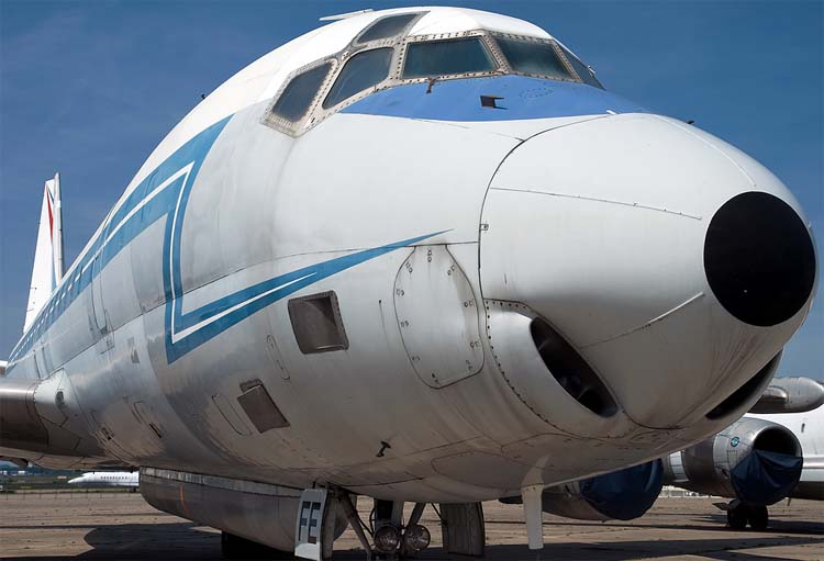 http://www.airwar.ru/image/idop/spy/dc8sarigue/dc8sarigue-3.jpg