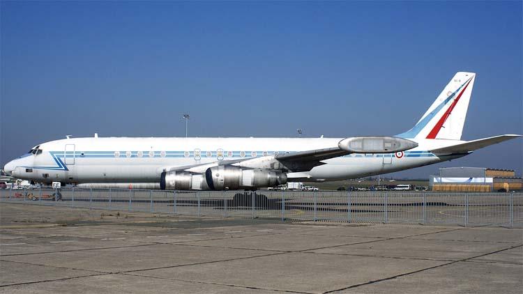 http://www.airwar.ru/image/idop/spy/dc8sarigue/dc8sarigue-4.jpg